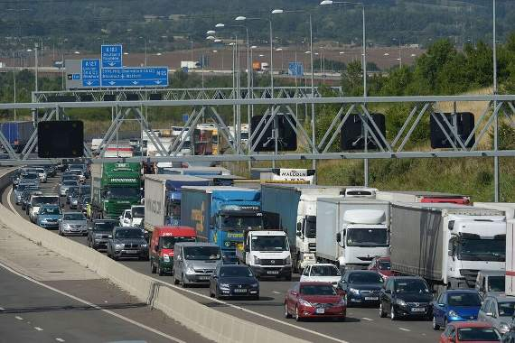 TRAFFIC: Severe delays on M25 at Chelmsford and Brentwood junction